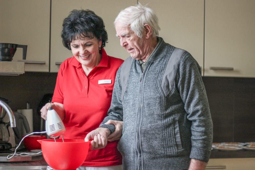 Lärz & Weiss Seniorenpflege GmbH Pflegedienst